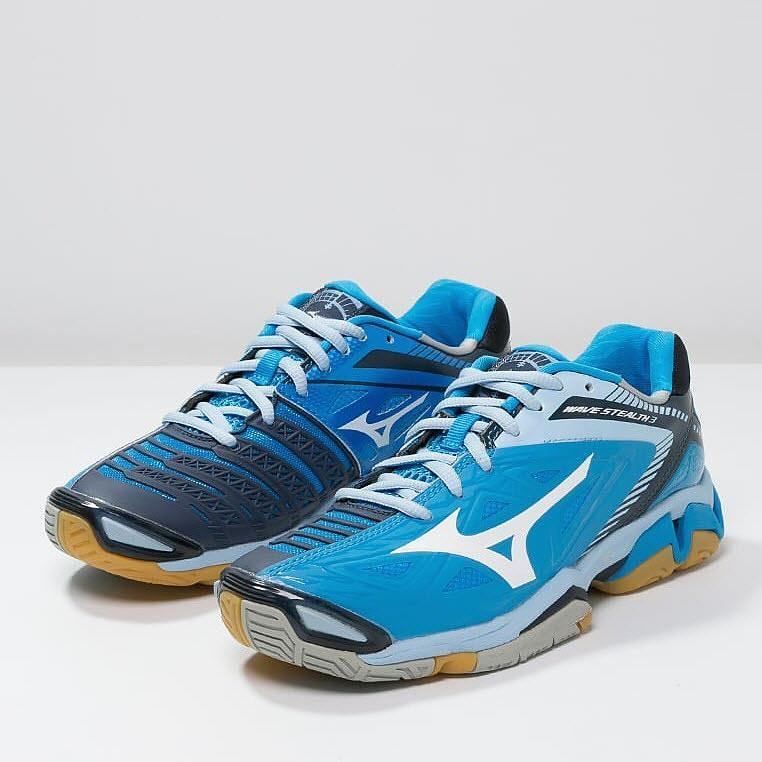 Mizuno Wave Stealth 3 Women - White / Dive Blue / Dress Blues