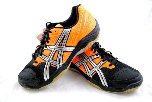 asics-gel-squad-orange-black-image