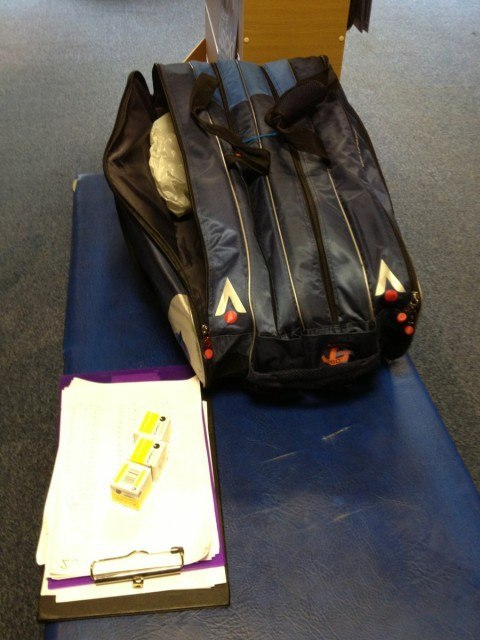 geoff-woodcock-squash-bag-2