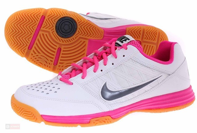 Nike Court Shuttle 5 Women - White Pink